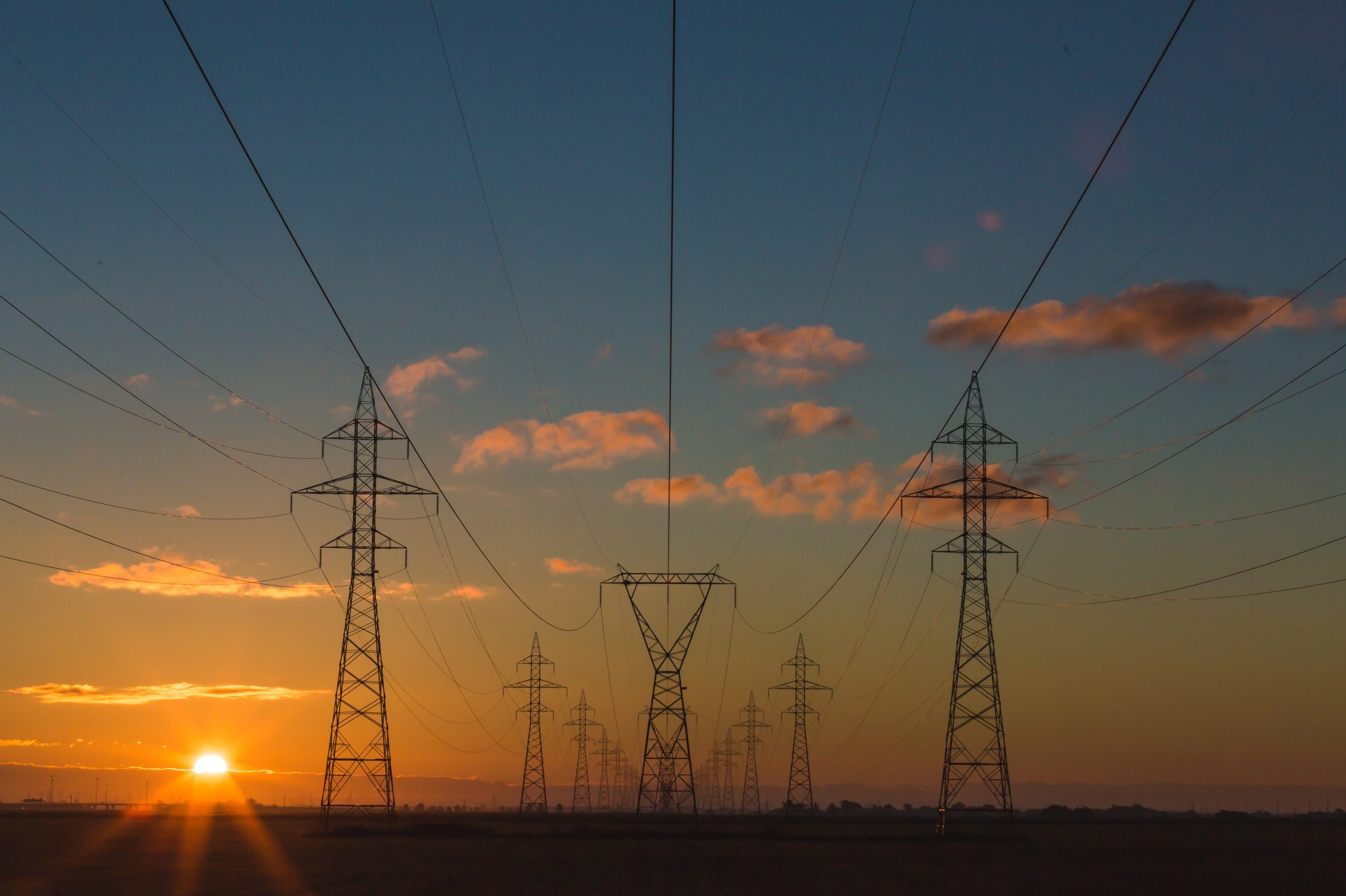 DOE Lays Out Plans for Responding to Electrical Grid Security Threats